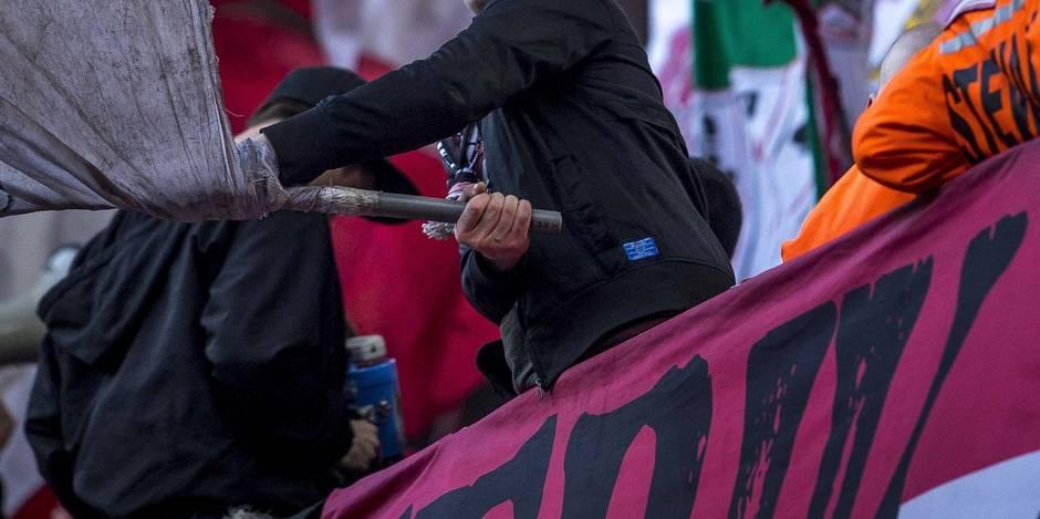 Un fan du Standard se tape la tête contre les murs et blesse trois policiers