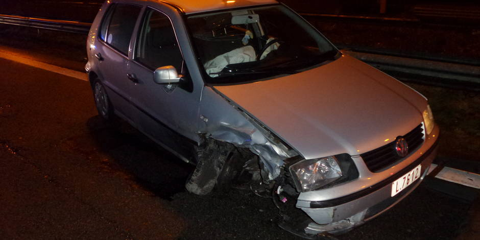 Thiméon: Trois voitures dans le décor sur l'A54