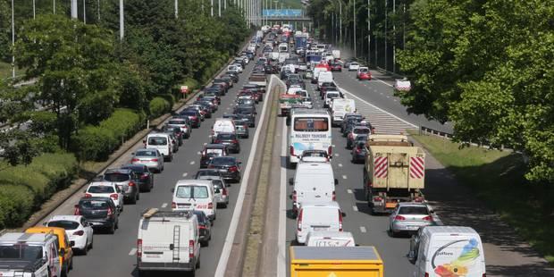 Grave accident sur l'autoroute E40 à hauteur de Berloz - La DH