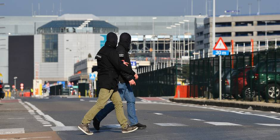 De nouveaux explosifs retrouvés en soirée à Brussels Airport, un policier perd sa jambe