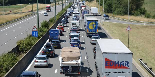 Taxe kilométrique: Plusieurs blocages sur les routes à la suite de manifestations de camionneurs - La DH