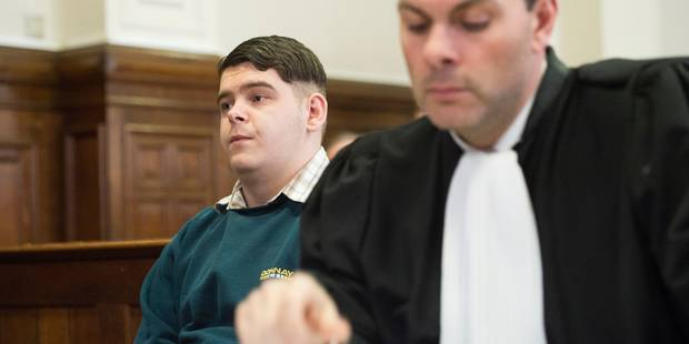 14 coups de couteau à son amie âgée d'à peine 16 ans: Arnaud Dubois condamné à 25 ans de prison! - La DH