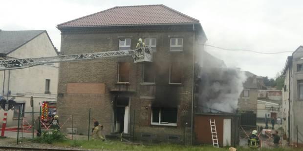 Bouffioulx: l'incendie ravage le rez-de-chaussée (PHOTOS) - La DH