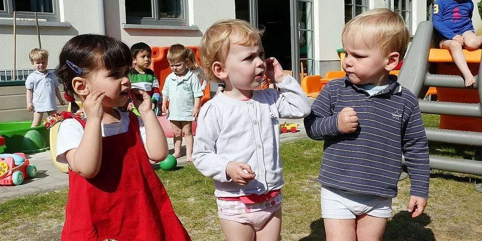 Photos Bernard Demoulin: Le langage des signes a la creche de Auderghem