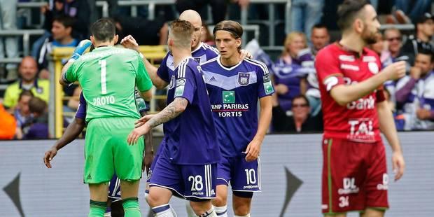 Anderlecht assure sa deuxième place en battant Zulte Waregem (2-0) - La DH