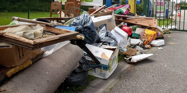 Saint-Ghislain: les autorités installeront des conteneurs ce vendredi - La DH