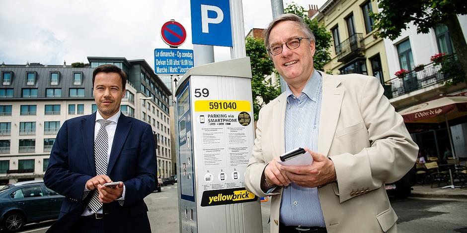 Bruxelles - Place Jourdan: Inauguration de l'application Yellowbrick permettant le payement via smatphone de son emplacement de stationnement