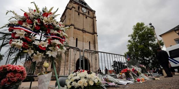 Nouvelle journée d'hommages — Prêtre assassiné