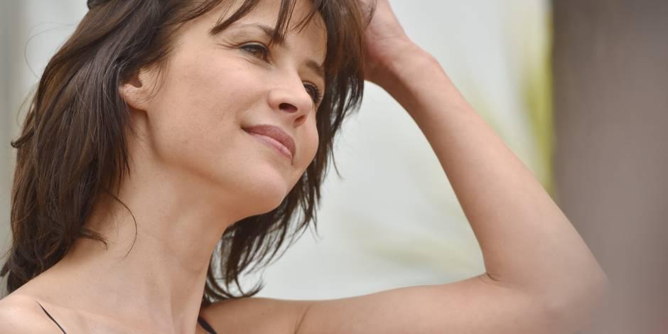 Sophie Marceau seins nus en UNE de VSD ! (PHOTO)