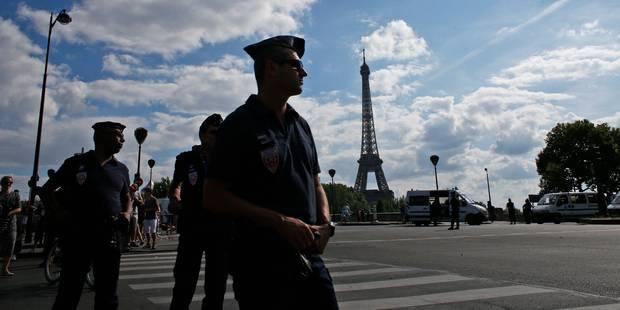 Attentats, grèves et pluie: les touristes étrangers boudent la France en 2016 - La DH