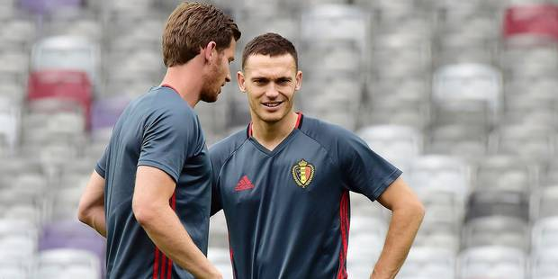 TOULOUSE, FRANCE - JUNE 25 : Thomas Vermaelen defender of Belgium and Jan Vertonghen defender of Belgium pictured during a training session of the National Soccer Team of Belgium prior to the UEFA EURO 2016 Round of 16 match between Hungary and Belgium at the Stadium Toulouse on June 25, 2016 in Toulouse, France , 25/06/2016 ( Photo by Peter De Voecht / Photonews