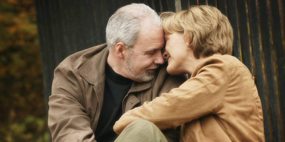 Pour les hommes, le sexe est plus risqué en vieillissant, contrairement aux femmes