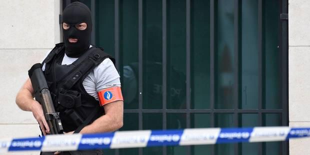 Menace terroriste : perquisitions à Haeren, Schaerbeek et Liège, deux personnes arrêtées