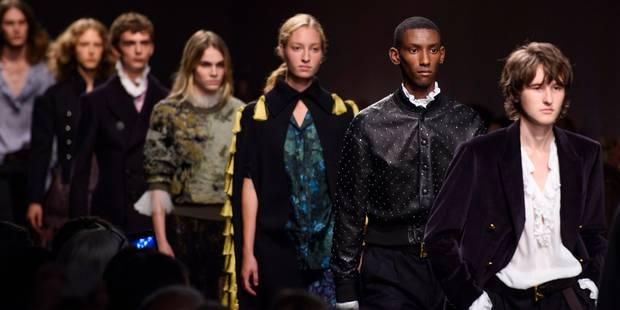 Fashion Week de Londres : Burberry montre tout et vend tout ! - La DH
