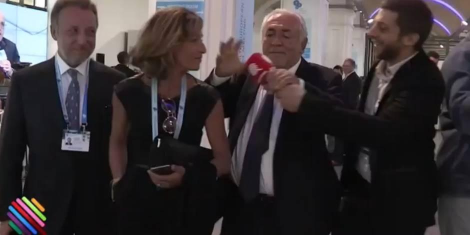 Énervé, DSK balance le micro de l'équipe de Yann Barthès