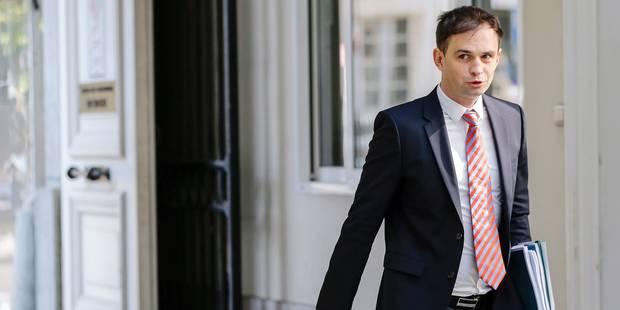 """""""Pour trouver l'équilibre d'ici 2018, il faudra 7 à 8 milliards €"""" - La DH"""