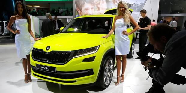 Les hôtesses du Mondial de l'Auto en entendent des vertes et des pas mûres... - La DH