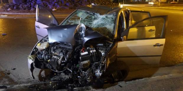 Terrible accident à Gosselies: un automobiliste perd la vie après plusieurs tonneaux (PHOTOS) - La DH