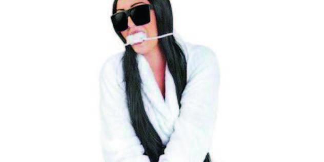Kim Kardashian: le costume polémique