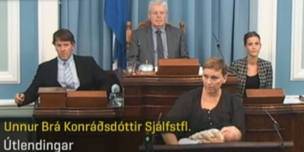 Elle allaite son bébé en plein discours devant le Parlement (VIDEO) - La DH