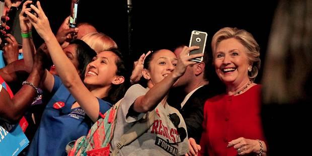 Hillary Clinton fête son anniversaire avec Adele - La DH