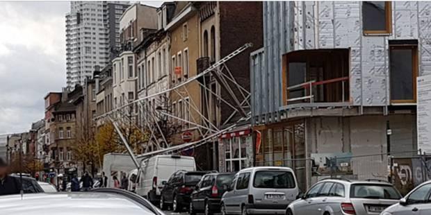 Avis de tempête sur la Belgique: Trafic ferroviaire perturbé, Les centres de secours submergés - La DH