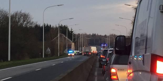 Couvin-Philippeville : la N5 fermée à la circulation suite à un accident - La DH