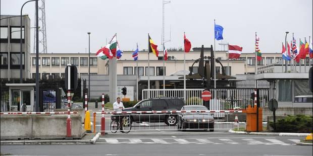 Mort suspecte d'un fonctionnaire de l'OTAN, arme à la main