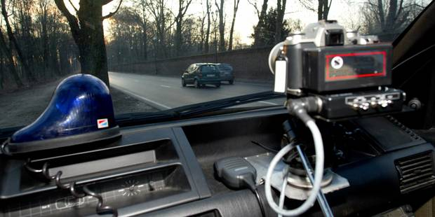 Amende routière: la police autorisée à consulter la banque de données de la DIV - La DH