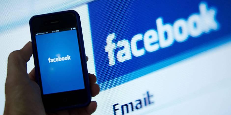 Les États-Unis demandent aux voyageurs leur profil Facebook, entre autres