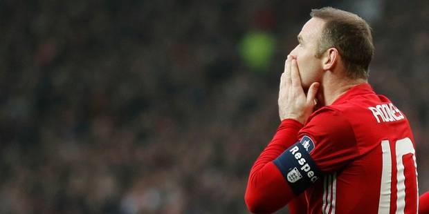 Wayne Rooney s'est-il pris un gros vent au moment d'échanger son maillot? (VIDEO) - La DH