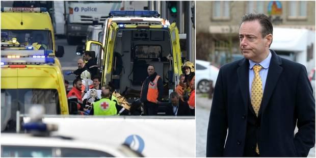 La présence de Bart De Wever à une réunion le lendemain des attentats a étonné les policiers - La DH