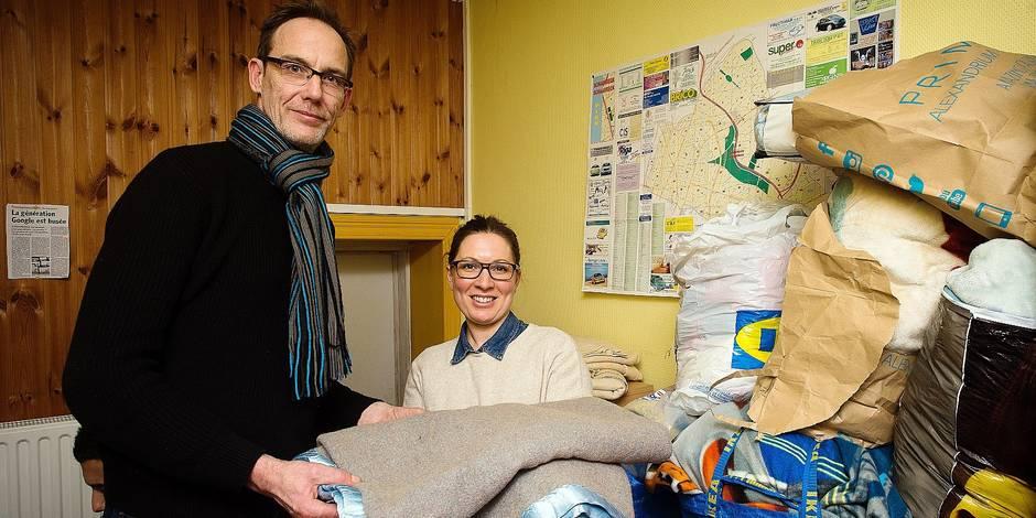 Bruxelles - Schaerbeek: L'AMO La gerbe recueille des vivres et vetements pour les victimes de l'incendie du 82 de la rue Severin