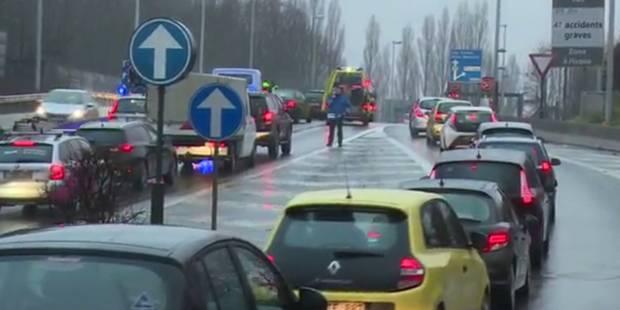 Important carambolage sur l'E25 en direction de Liège: plusieurs véhicules impliqués - La DH