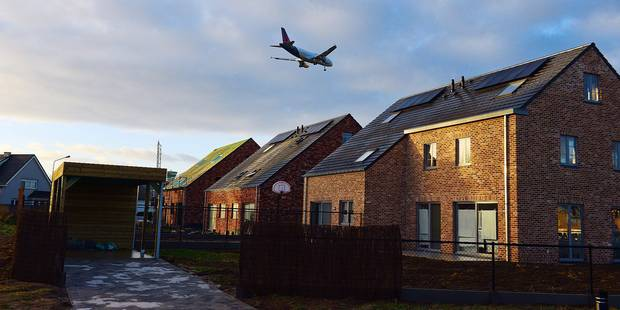 Survol aérien : une proposition bruxelloise de bon ton - La DH