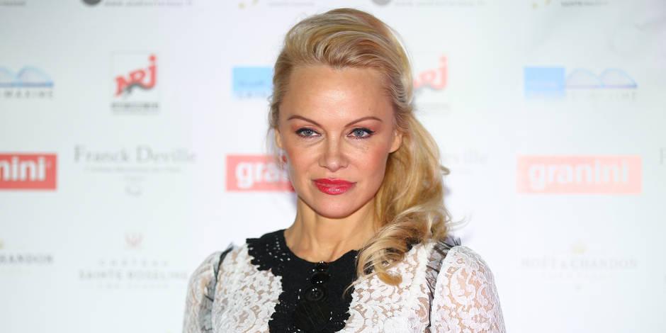 """Pamela Anderson est complètement """"crazy"""" de son Julian et le montre !"""
