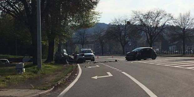 Trois blessés graves dans une collision frontale à Huy - La DH