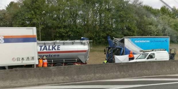 Dramatique accident impliquant trois poids lourds sur la E19 - La DH