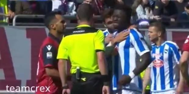 Sulley Muntari se plaint d'être victime de cris racistes auprès de l'arbitre... et se prend une jaune (VIDEO) - La DH