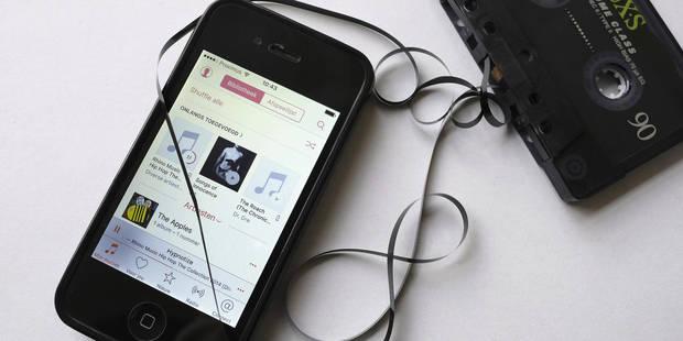 Les jeunes écoutent de moins en moins la radio en direct selon une étude - La DH