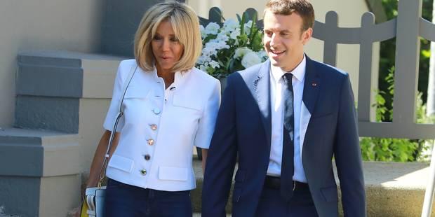 """Brigitte Macron se livre pour la première fois : """"Je pense que tout ce qu'il fait, c'est dans le bon sens"""" - La DH"""
