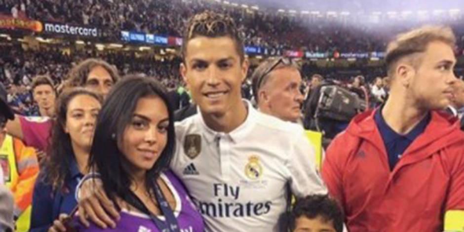 Cristiano Ronaldo papa de jumeaux