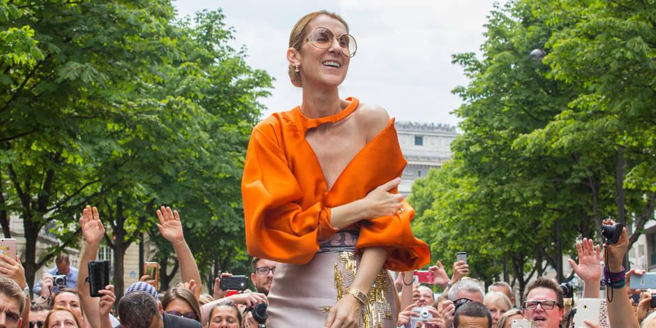 Céline Dion offre deux bains de foule à ses fans