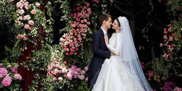 Miranda Kerr partage des photos de sa sublime robe de mariée - La DH