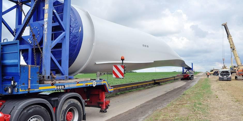 Nivelles: Les éoliennes arrivent en kit au bois d'Arpes