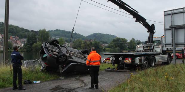 Une voiture tombe dans la Meuse à Anhée : deux morts - La DH