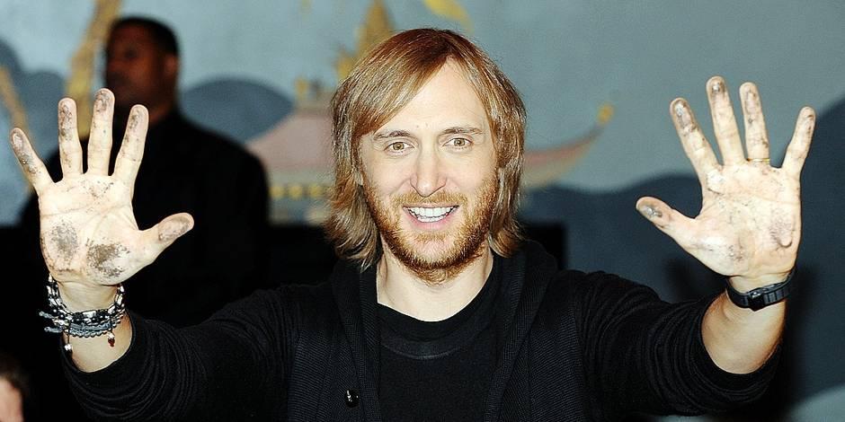 David Guetta Handprints - By Lionel Hahn