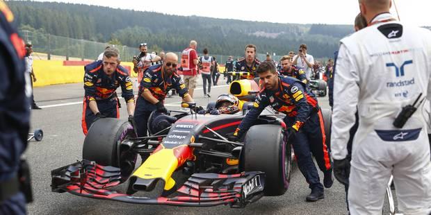 """Le cauchemar continue pour Max Verstappen: il va également reculer de """"quelques places"""" sur la grille de départ en Itali..."""