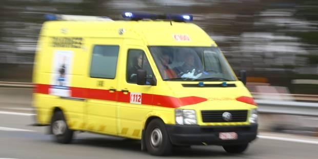 Tenneville: Un piéton mortellement fauché en traversant la N4 - La DH