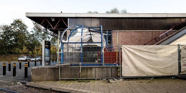 Molenbeek : La passerelle Beekkant pas rénovée avant 2018 - La DH